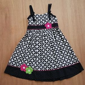 GIRLS BLACK AND WHITE FLORAL DETAIL DRESS